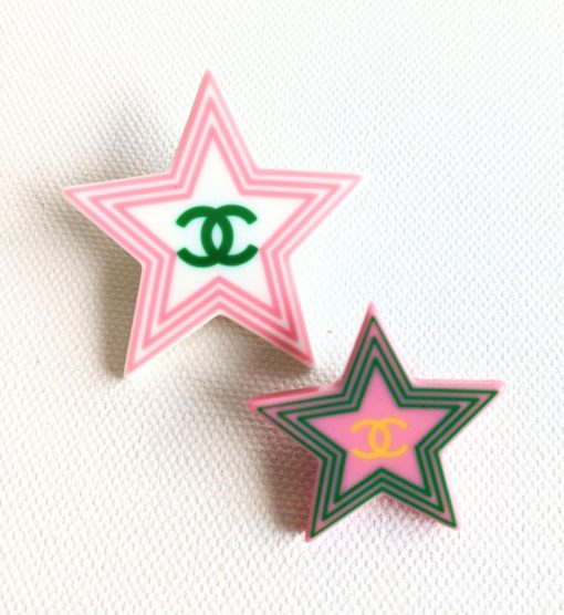 CHANEL stars brooches