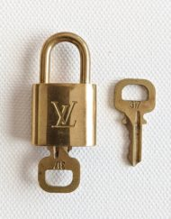padlock VUITTON