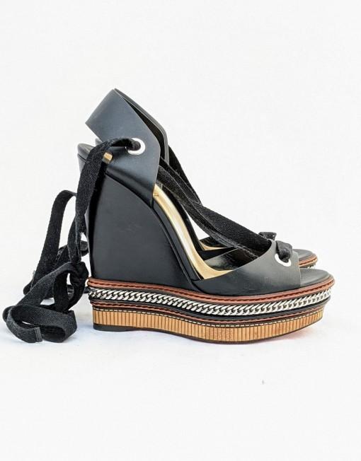 shoes platform LOUBOUTIN black