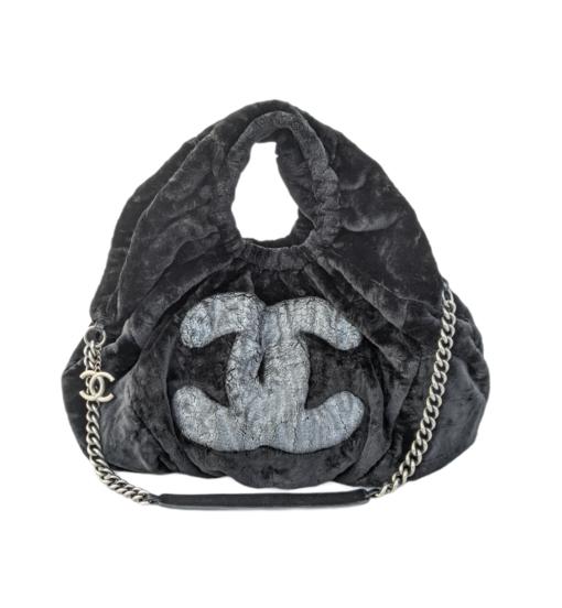 CHANEL Gray silver Rabbit Shoulder bag