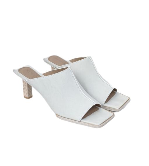 JACQUEMUS white sandals